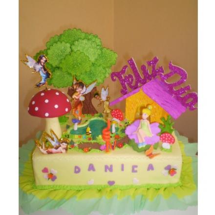 datos del producto torta con el personaje de modelo tinkerbell y sus ...